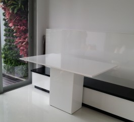 Crystal White Marble Table