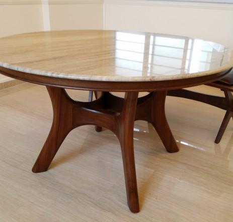 4' Dia. / Zebrano Venato Marble Table